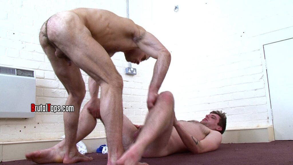 blonde gets fucked in ass